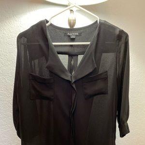 Foreign exchange V-neck blouse black